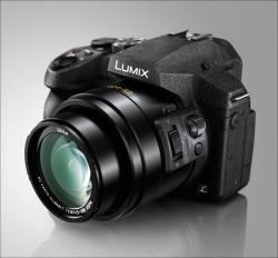 LUMIX DMC-FZ300 Superzoom-Kamera mit 4K. Inkl. 32GB-Speicherkarte.