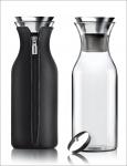 Evasolo Design-Karaffe mit Neoprenhülle. Farbe Schwarz